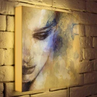 Лайтбокс для гостиной или спальни Женский портрет BoxPop 35x35-012