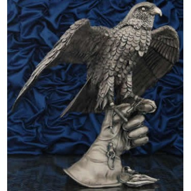 Сокол на перчатке с открытыми крыльями Moda Argenti ST 546 B/SP